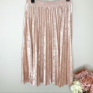 A NEW DAY Rose Gold Crushed Velvet Accordion skirt